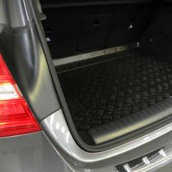 Beispiel MTM Plastik-Kofferraumwanne